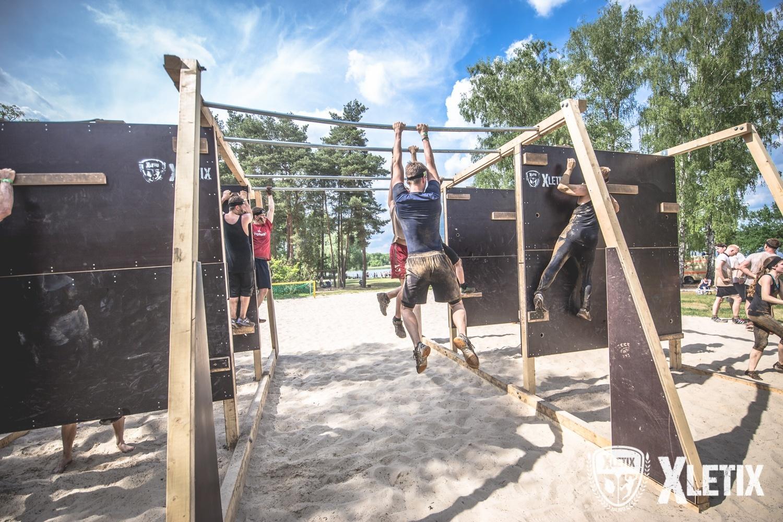 XLETIX Boulder Box Hindernis