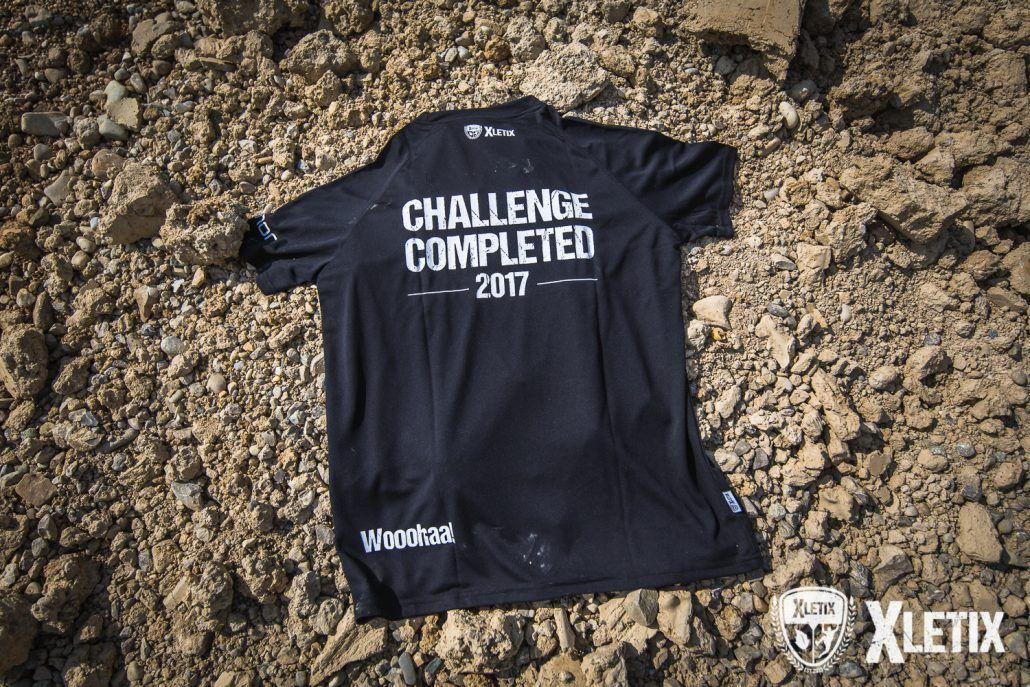 Ein atmungsaktives Finisher-Shirt im Ziel.