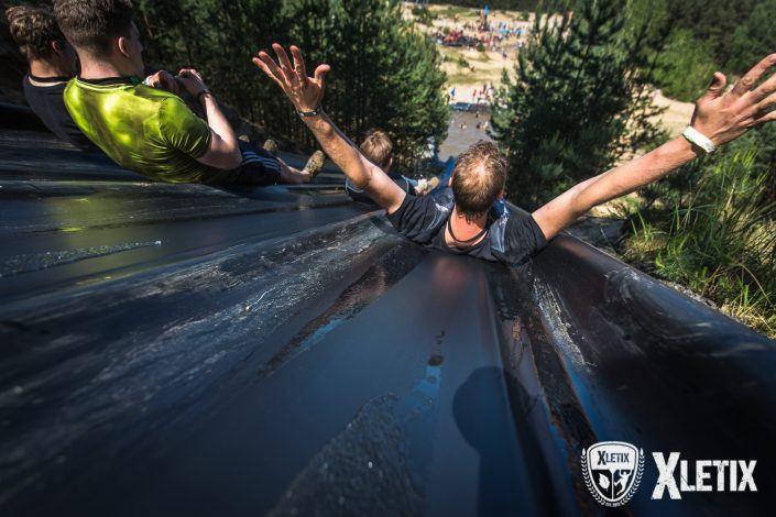Speed Slide Hindernis Riesenrutsche